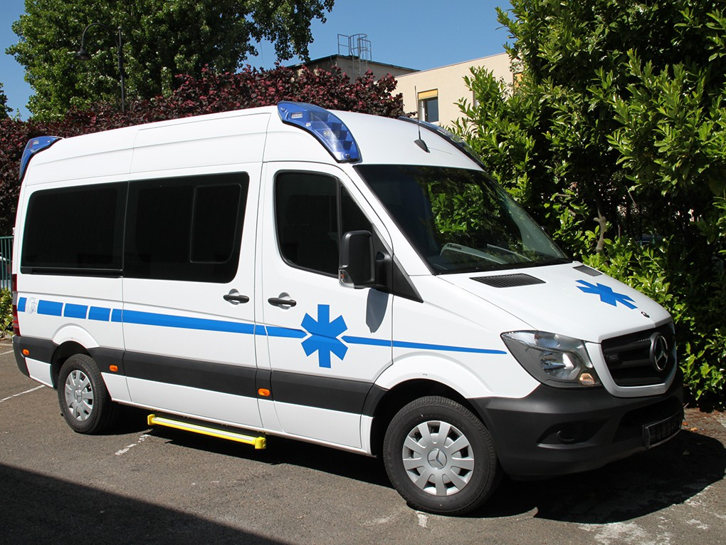AMBULANCE MERCEDES SPRINTER MOYEN HAUT B